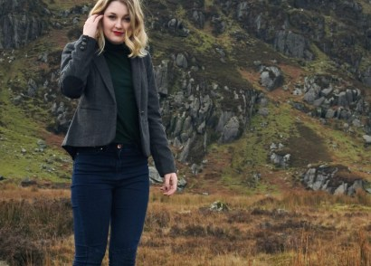 An outfit for exploring Ireland - all you need is tweed and wellies!