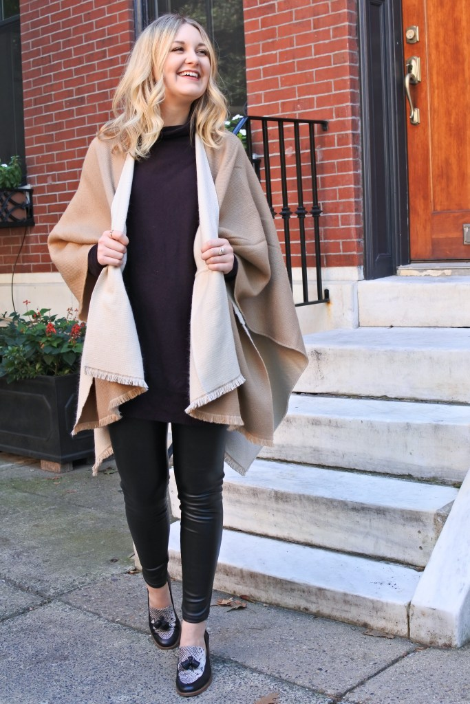 What To Wear With Leather Leggings 4 Outfits From Desk To Dinner