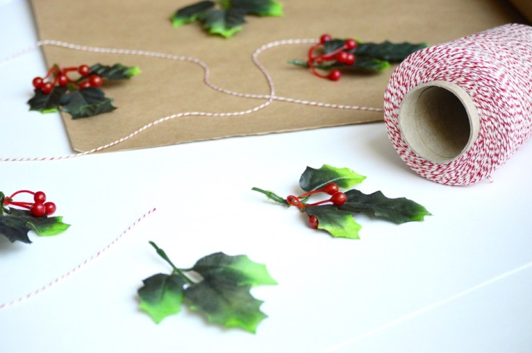 christmas wrapping paper DIY