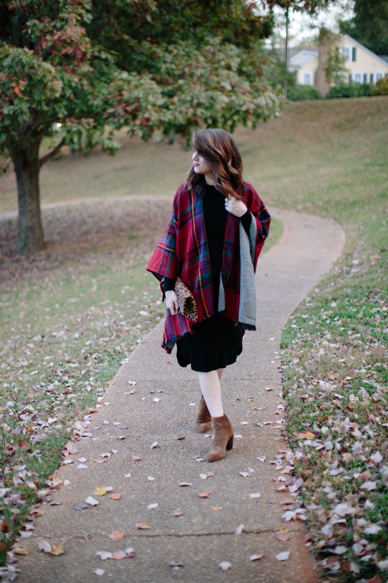 Plaid Cape for Fall // www.polishedclosets.com