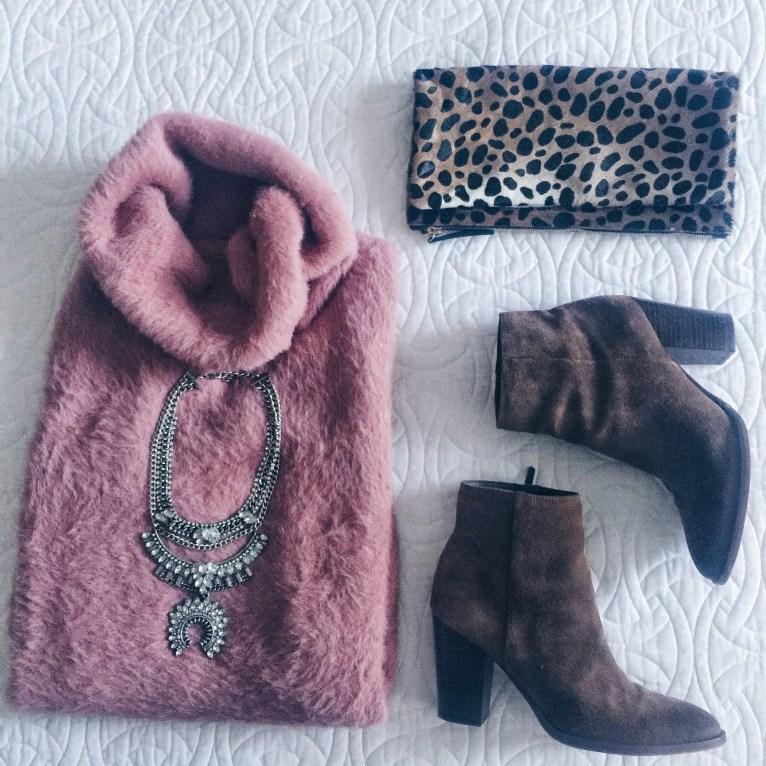 Pink Sweater // www.polishedclosets.com