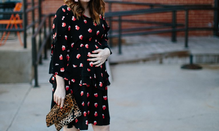 The Cutest Maternity Dress Perfect For Date Nights