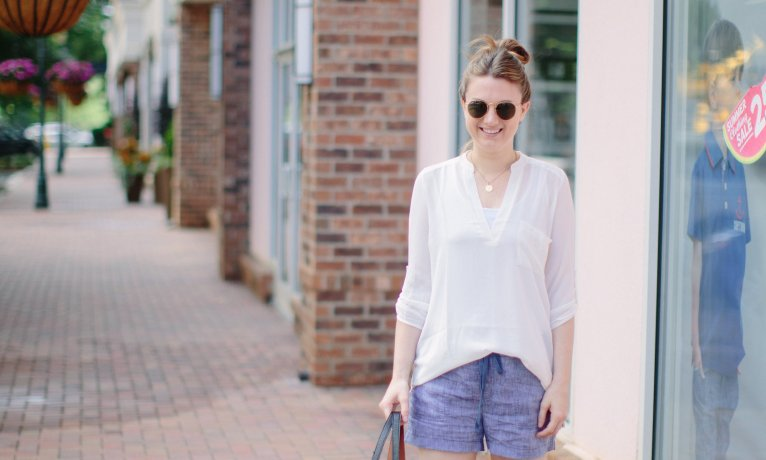 Chambray Shorts: Casual & Chic Mom Style