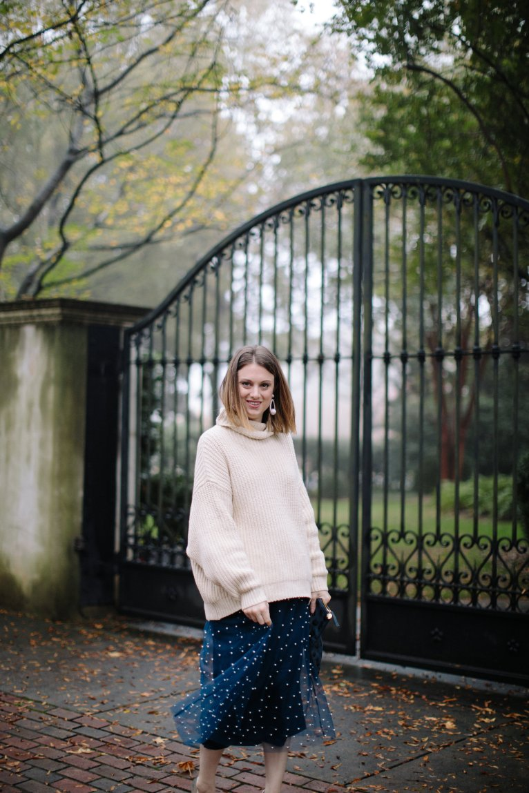 How to wear an oversized sweater for a dressed up and cozy winter look by fashion and lifestyle blogger Maggie Kern of Polished Closets.
