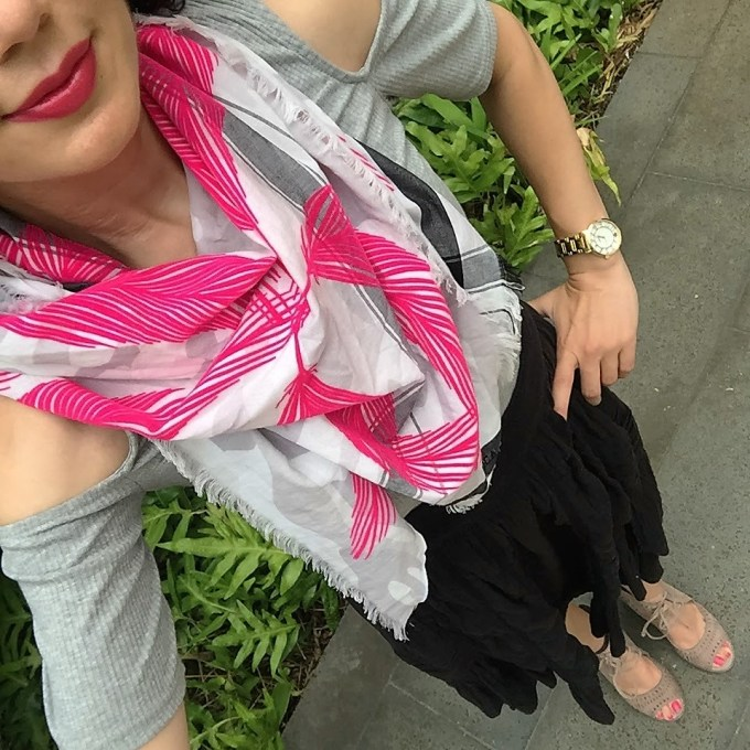 travel outfit for warm weather vacation anthropologie skirt, lace up sandals, leigh luca scarf