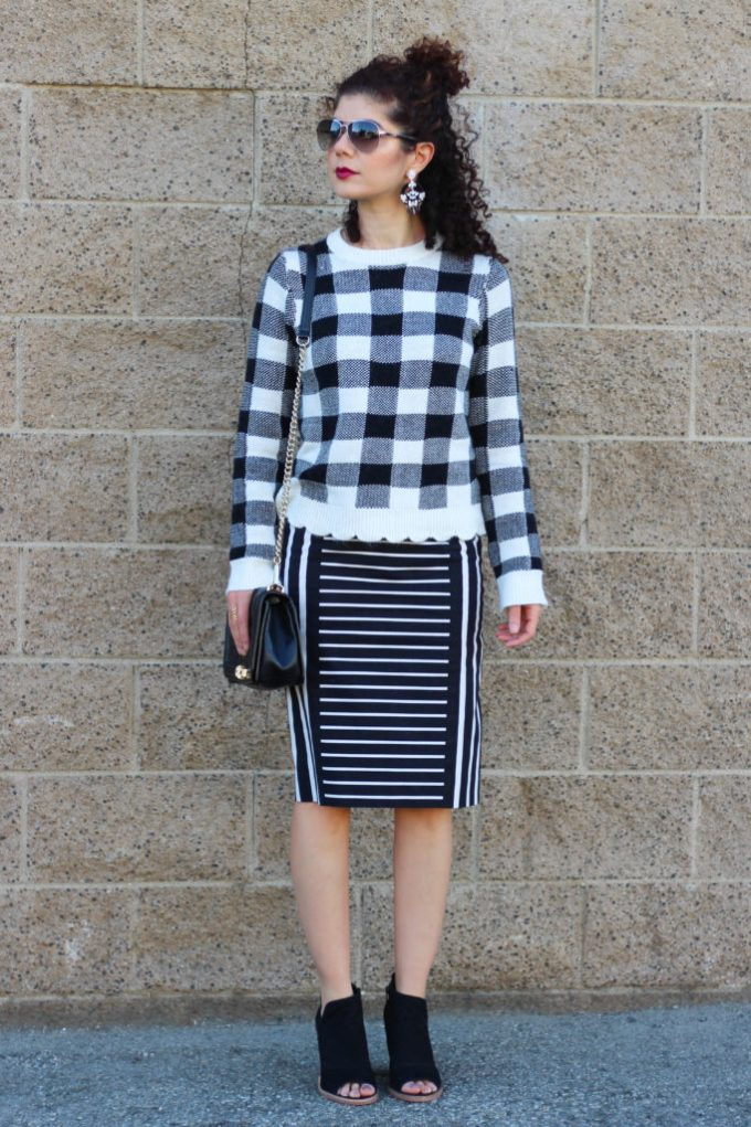 Polished whimsy blogger wearing gray monroe buffalo plaid sweater and striped skirt
