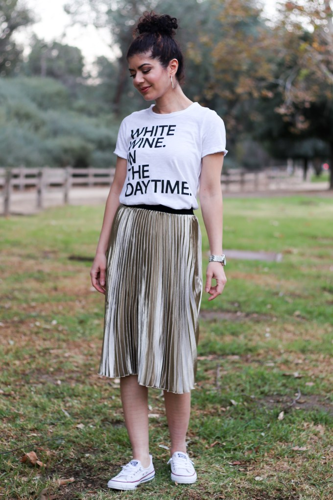 How to wear a casual skirt outfit. Styling a gold pleated skirt for everyday wear. Graphic tee | modcloth gold louche pleated satin skirt | skirtmas | casual style | everyday skirts