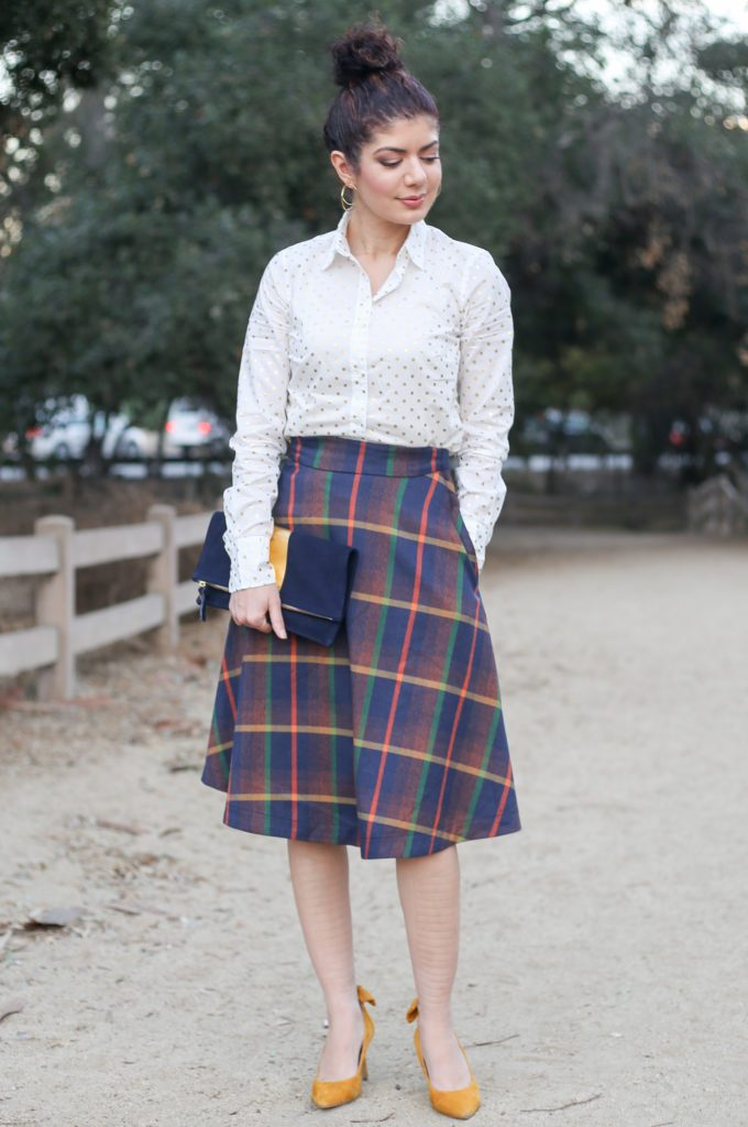 47cd2314e0 12 Days of Skirtmas featuring the Modcloth plaid prim class hero midi skirt  review | J ...