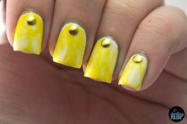 nails, nail art, nail polish, polish, yellow, hey darling polish, studs, golden oldie thursdays