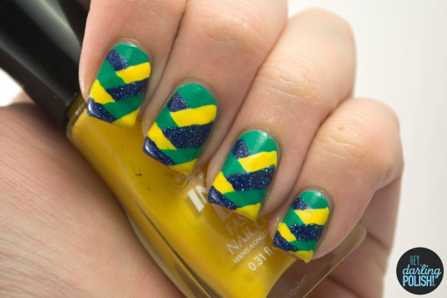 nails, nail art, nail polish, polish fishtail, green, blue, yellow, theme buffet, hey darling polish
