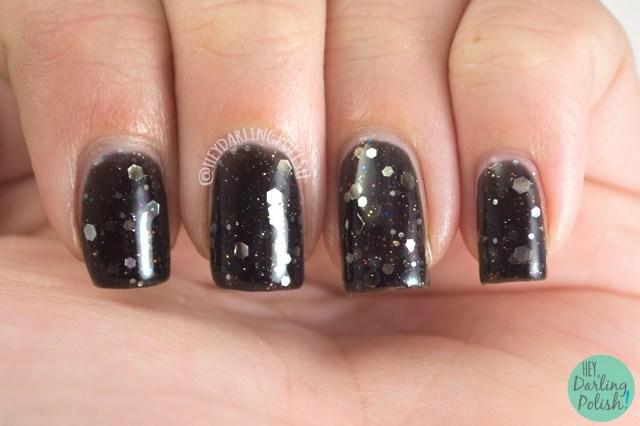 black, drop your sword,  nails, nail polish, polish, indie, indie polish, northern star polish, glitter, swatch, hey darling polish,