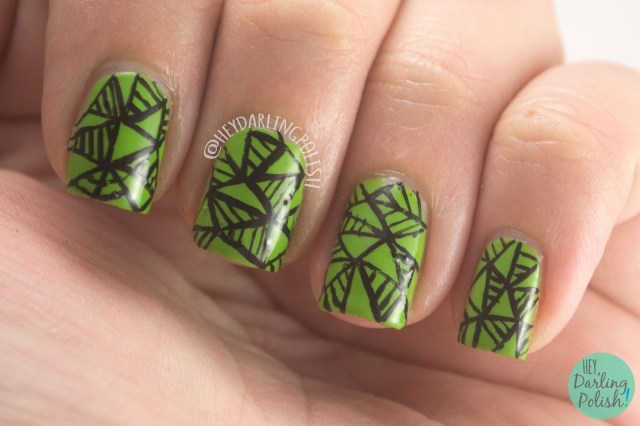 nails, nail art, nail polish, green, geometric, pattern, hey darling polish, triangles, the nail challenge collaborative