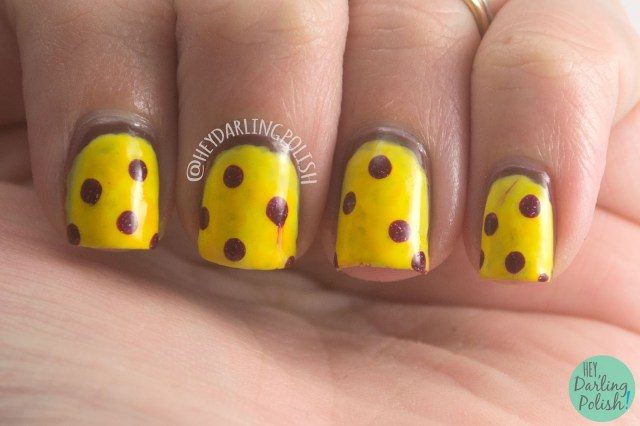nails, nail art, nail polish, yellow, red, pepperoni, pizza, pepperoni pizza, hey darling polish, lacquer legion, llyummy