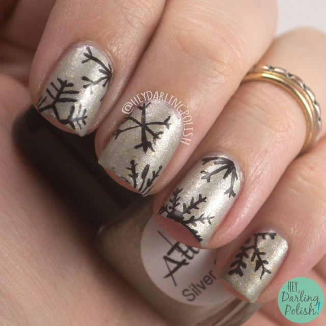 silver & cold, silver, gold, snowflakes, nails, nail art, nail polish, indie polish, indie nail polish, hey darling polish, lac attack, festivus collection, holiday, christmas, festive