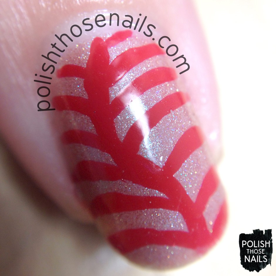 red-wavy-stripe-pattern-nail-art-macro