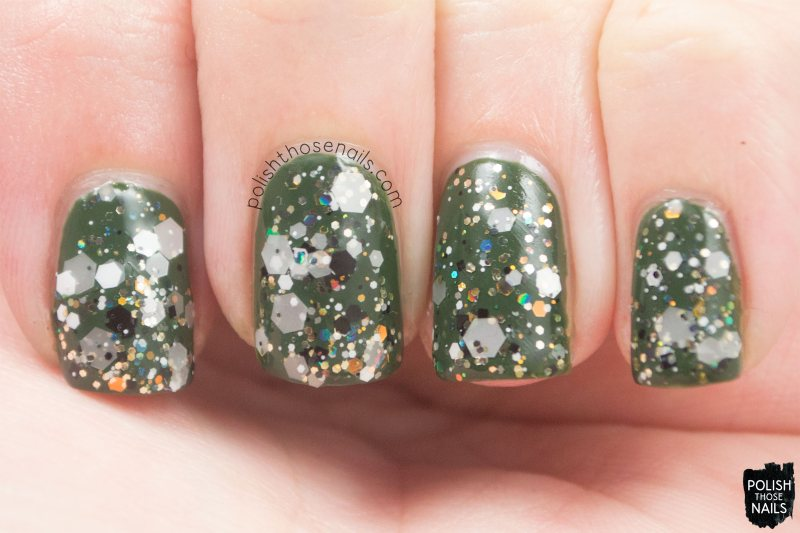 loaded-lacquer-apparition-glitter-swatch-2
