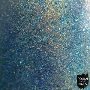 daily-hues-nail-lacquer-jessica-blue-holo-swatch-bottle-macro