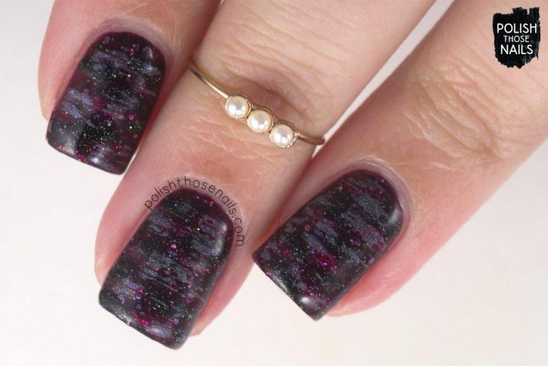 nails, nail art, nail polish, vampy, distressed, polish those nails
