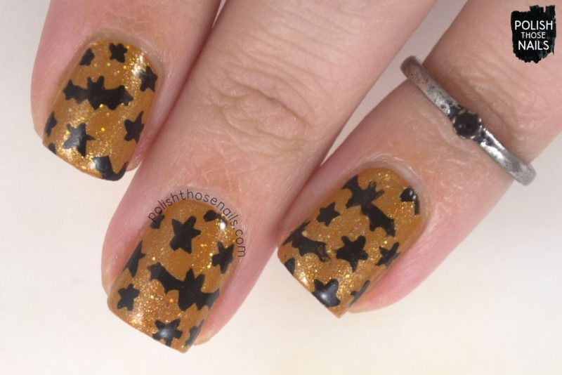 nails, nail art, nail polish, bats, halloween, polish those nails,