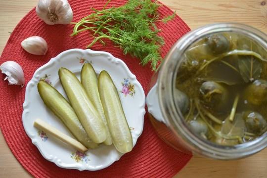 Polish pickles, polish sour pickles, easy recipe.