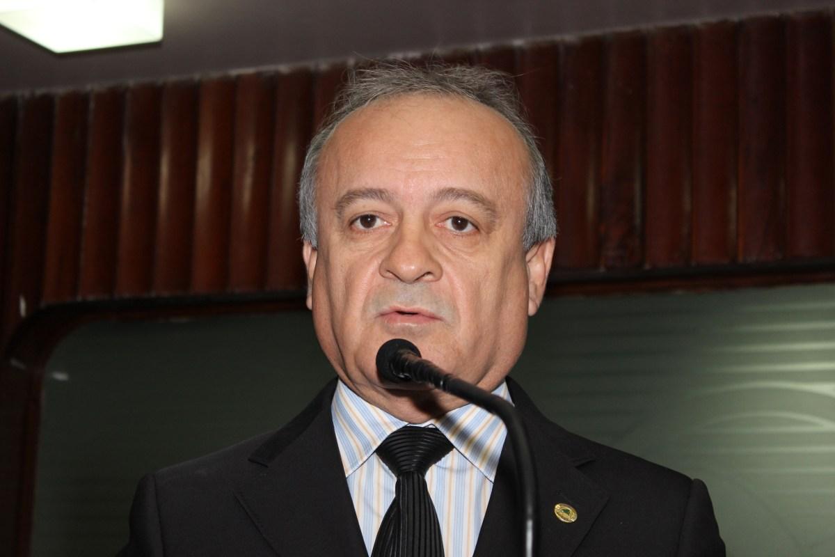 """""""Para quê dois blocos de governo?"""", questiona Branco Mendes"""