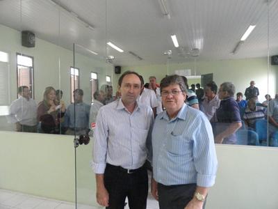 João Azevedo revela preferido para assumir seu lugar no Governo do Estado