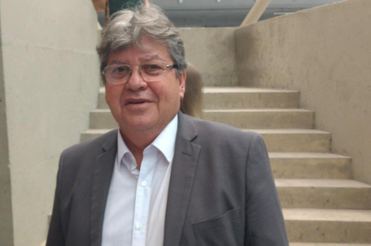 João Azevedo promete anunciar novos nomes de seu governo esta semana