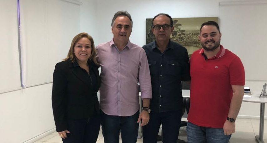 Eva Gouveia discute parcerias com Luciano Cartaxo