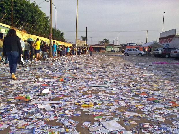 Poluição eleitoral sai das ruas e invade redes sociais