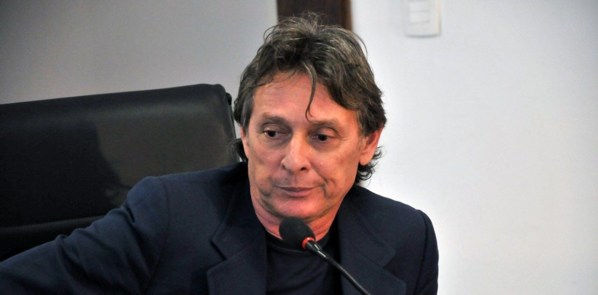 Dono de shoppings, Roberto Santiago é preso na Operação Xeque-Mate