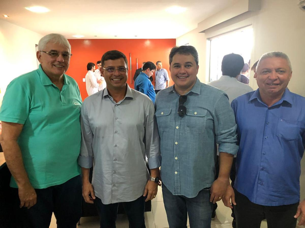 Vitor Hugo pede para ministra a reabertura do Terminal Pesqueiro de Cabedelo