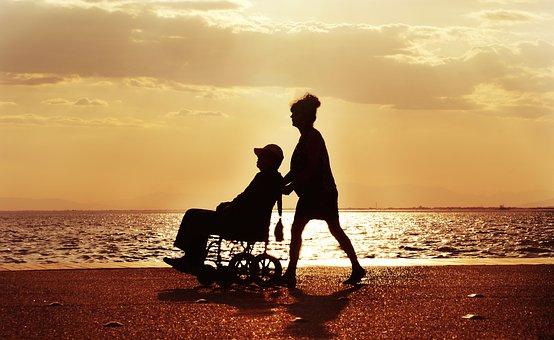 La Giornata della Vita e del malato. Curare e assistere, umanizzare. La riflessione a Oderzo nella Giornata della Vita