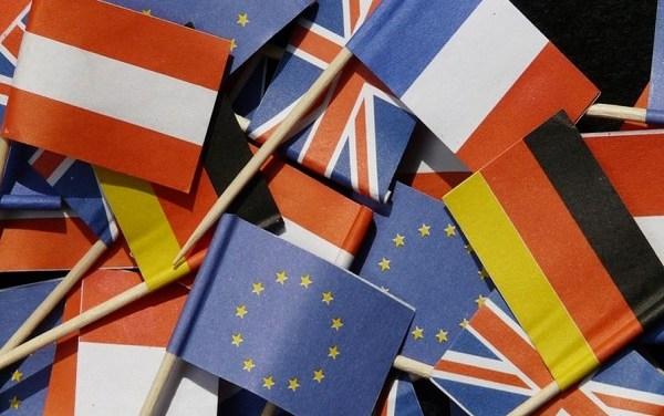 """L'Europa deve essere anche """"sociale"""" – di Carlo Baviera"""