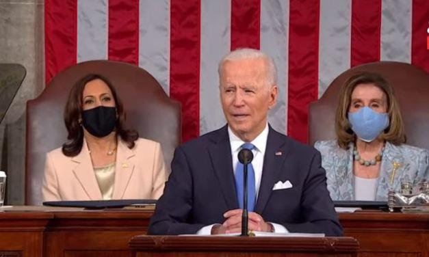 """Biden: """"gli Usa di nuovo in cammino"""". 4 trilioni di $ di spesa. Li pagheranno le company e i ricchi"""