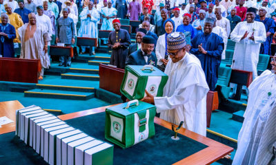 Nigeria 's President Buhari announces 33-billion-dollar budget for 2020 fiscal year