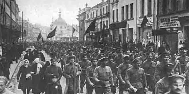 Russian Revolution 1917   Definition Causes Summary & Facts