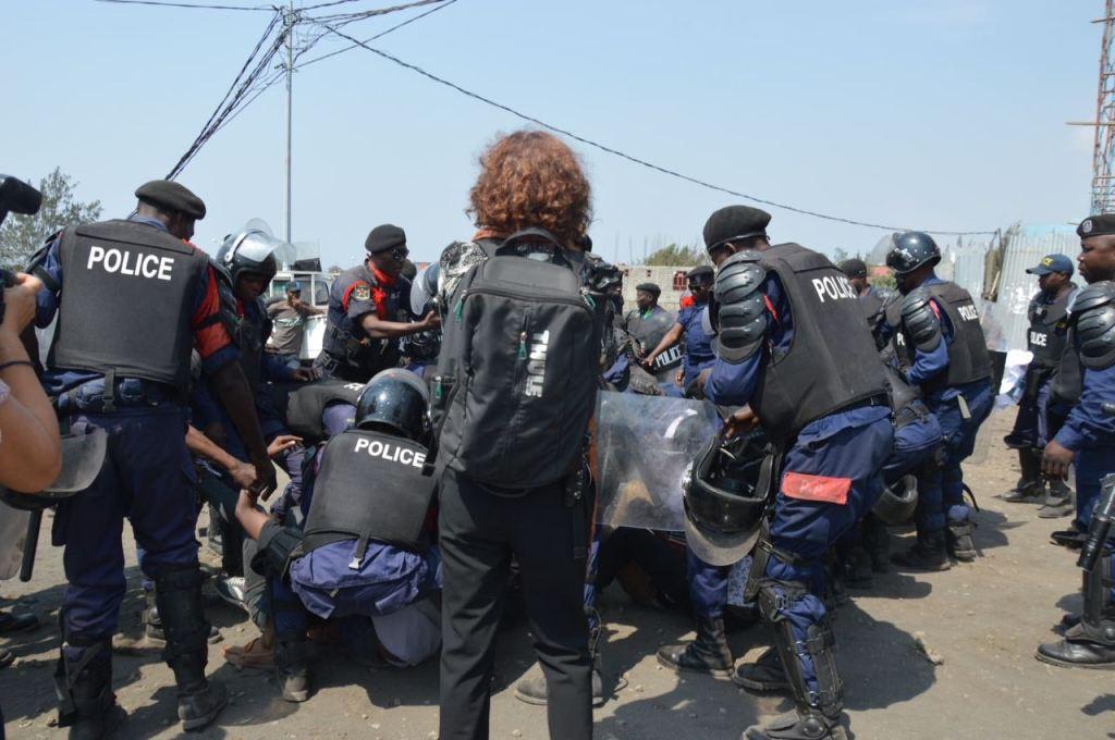 """Fidh fustige """"le harcèlement judiciaire et la détention arbitraire"""" de militants de Filimbi et Lucha"""