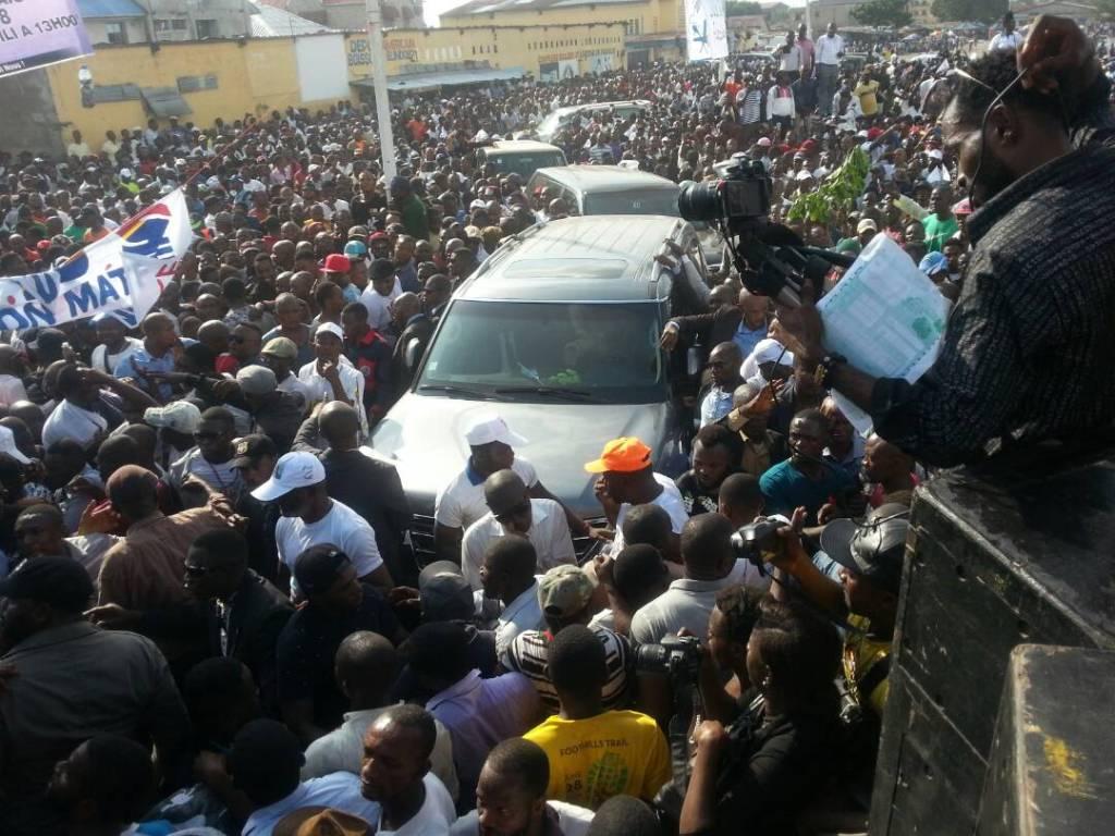 Meeting UDPS: Félix Tshisekedi sur le point de prendre la parole devant des milliers de partisans