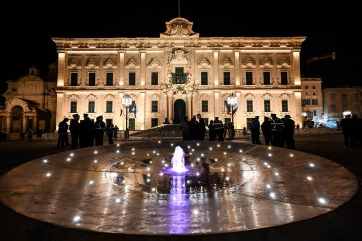 El escándalo maltés pone en apuros a la centroizquierda de Europa - POLITICO 10