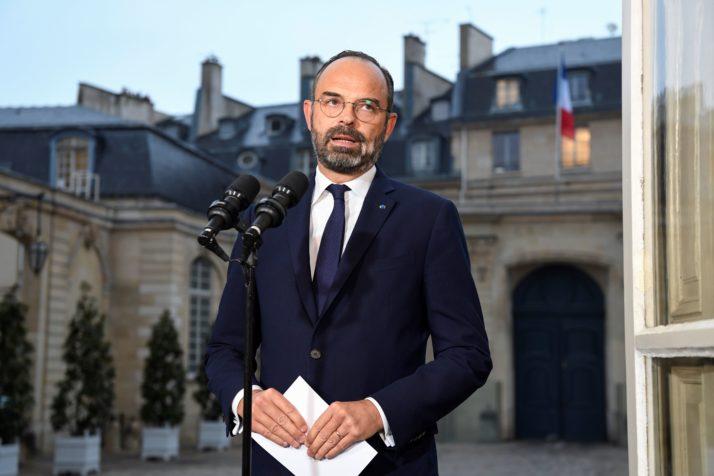 """El primer ministro francés """"determinado"""" a seguir adelante con la reforma de las pensiones - POLITICO 10"""