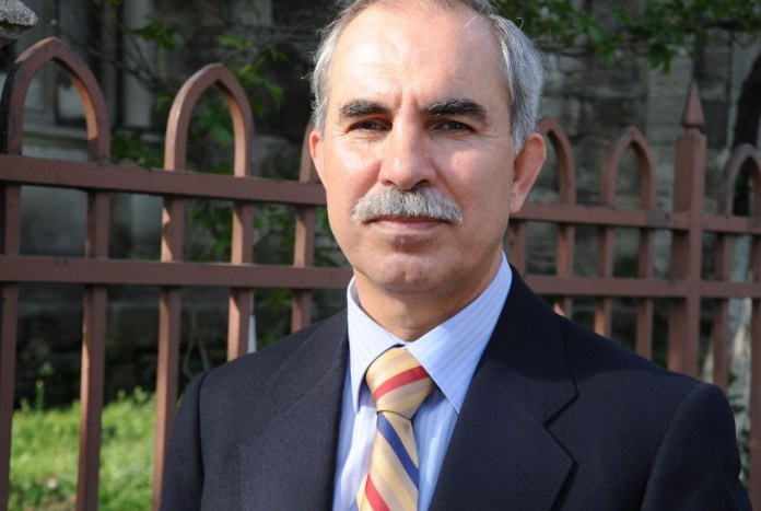 """İlahiyatçı Profesör Hayri Kırbaşoğlu dinde """"güncelleme"""" tartışmalarını değerlendirdi: İktidar önce kendisini güncellemeli"""