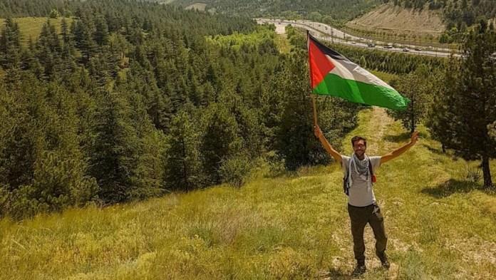 İsveç'ten Filistin'e yürüyen Ladraa: Dinimiz, milliyetimiz ne olursa olsun Filistin hepimizi ilgilendiren bir mesele