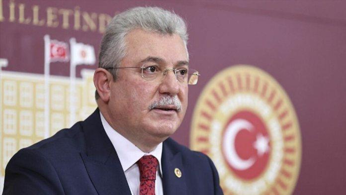 """AKP'li Akbaşoğlu: """"Bir erken seçim yok, zamanında yapılacak seçimlere erkenden hazırlık söz konusu"""""""