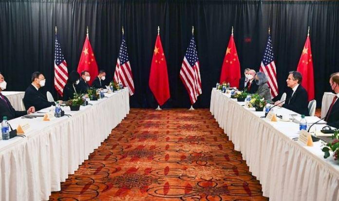 Alaska'daki görüşmelerde ABD ve Çin heyeti arasında atışma