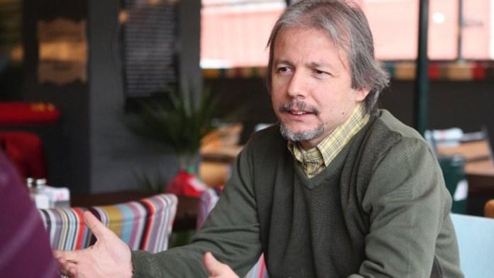 """Prof. Dr. İlhan Uzgel: """"ABD Türkiye'nin bu koşullarda karşılık vermeyeceğini çok iyi biliyor"""""""