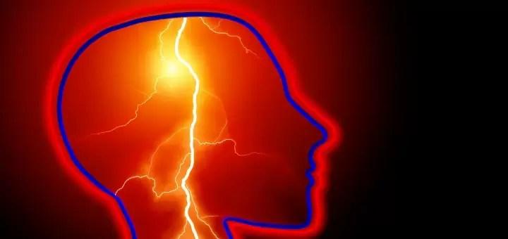 objawy udaru mozgu