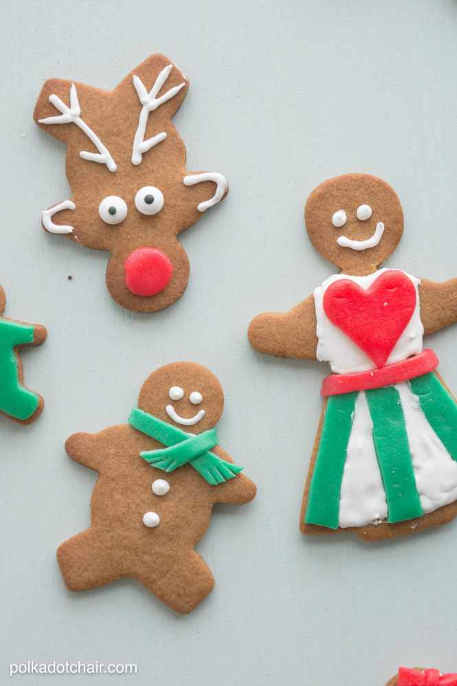 Looking For A Fun Activity To Do During The Holiday Season Below Are 3 Easy Ways Decorate Gingerbread Cookies