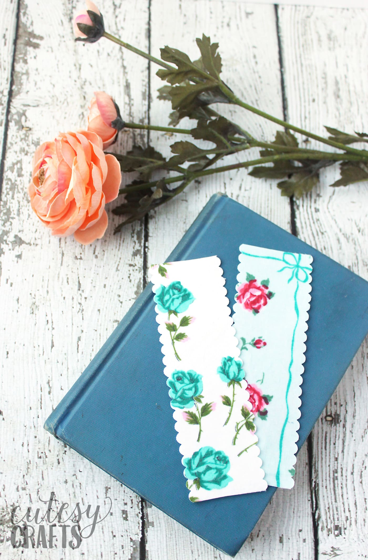 DIY Handmade Bookmarks Using Vintage Linens The Polka
