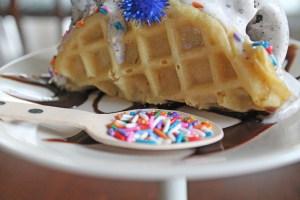 ice cream tacos | polka dots and picket fences