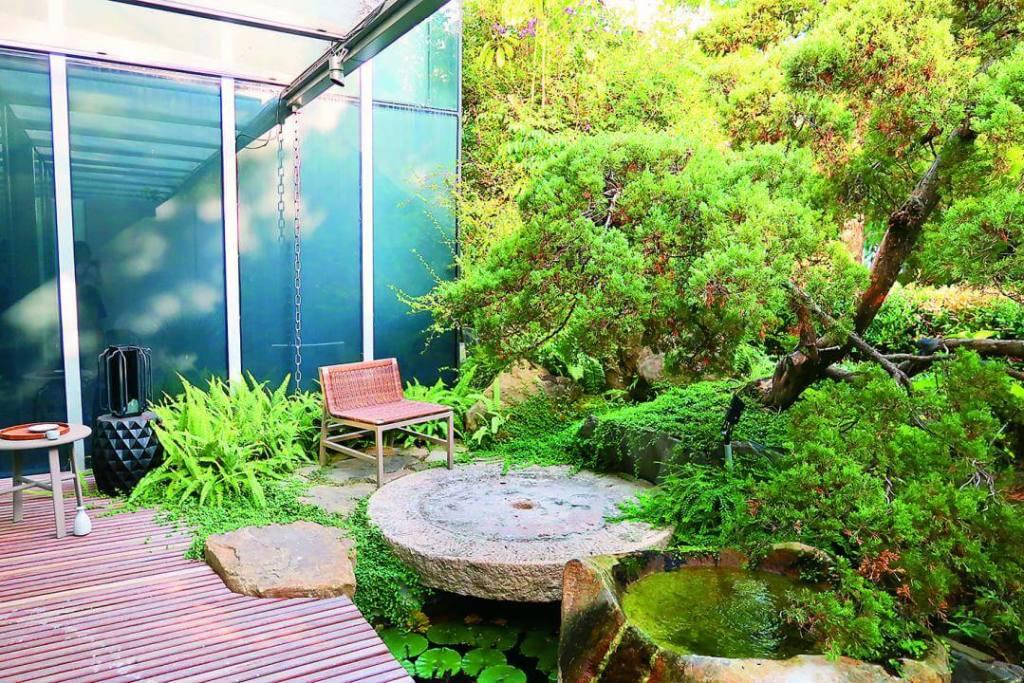精銳gardenone未來社區保留1400坪私人花園,每戶也規劃大陽台,綠覆率高。